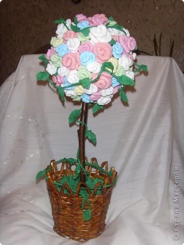 А у нас выросло к празднику вот такое розовое деревце! Делали вместе с мужем, завтра мамочке подарим.Всех женщин поздравляем с праздником!