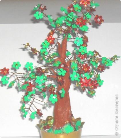 Это мое первое дерево, назвали ЗОЛОТОЕ, сделано из пайеток фото 9