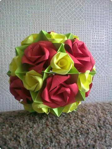 Первый раз делала розы, очень понравилось! Такой от меня был подарок маме на 8 Марта! фото 3