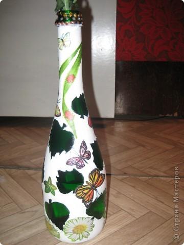 А бутылки-то  оказываются, зелёные, как берёзовые листочки... фото 2