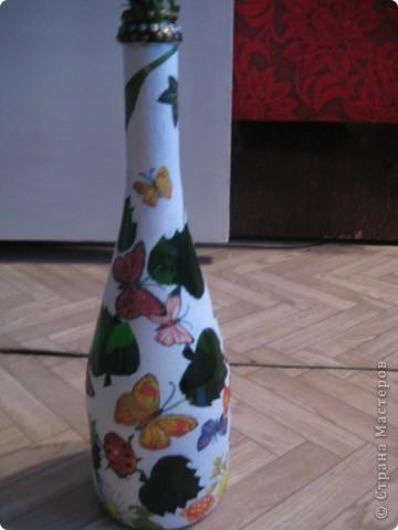 А бутылки-то  оказываются, зелёные, как берёзовые листочки... фото 5