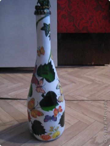 А бутылки-то  оказываются, зелёные, как берёзовые листочки... фото 7