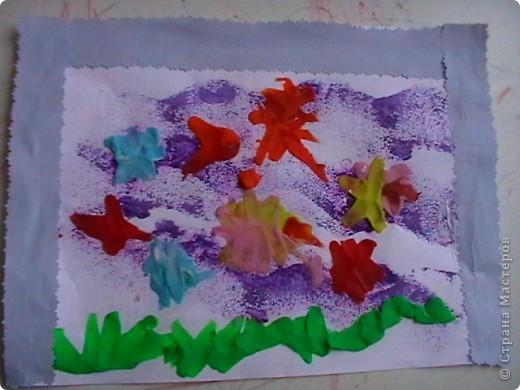 Море,рыбки- так назвала свою работу Настена! фото 1