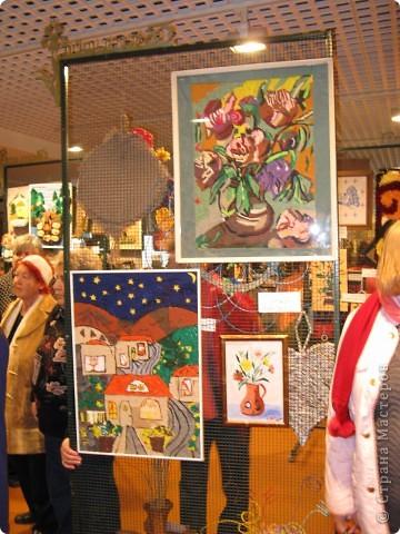 6 марта открылась выставка в здании Муниципалитета г.Нацрат-Иллит. Представленны результаты творчества моих подопечных, которые посещают клуб. Средний возраст-80 лет! Приятного просмотра. Работы Мани Ройс, вышивка(90 лет). фото 5