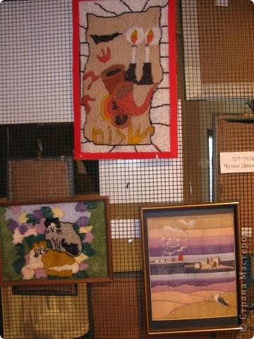 6 марта открылась выставка в здании Муниципалитета г.Нацрат-Иллит. Представленны результаты творчества моих подопечных, которые посещают клуб. Средний возраст-80 лет! Приятного просмотра. Работы Мани Ройс, вышивка(90 лет). фото 10