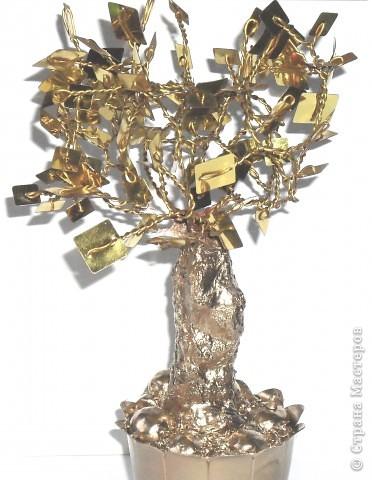 Это мое первое дерево, назвали ЗОЛОТОЕ, сделано из пайеток фото 1