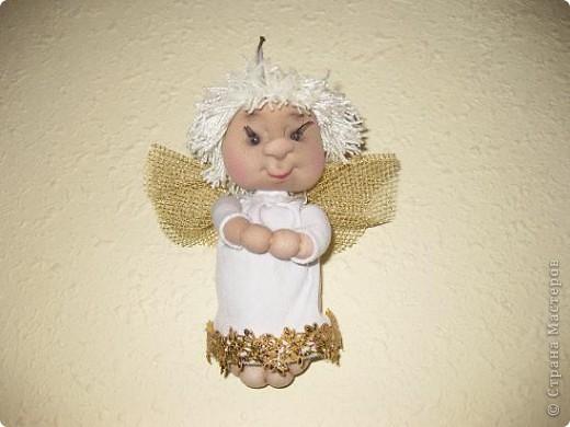 Этого ангелочка сегодня сшила по просьбе сынули.Очень ему хотелось подарить своей семилетней подружки очень маленького ангелочка. фото 2