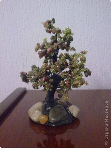 Деревце из камня фото 2