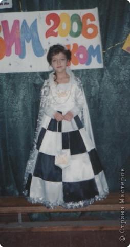 Белая Шахматная королева 2006 год фото 1
