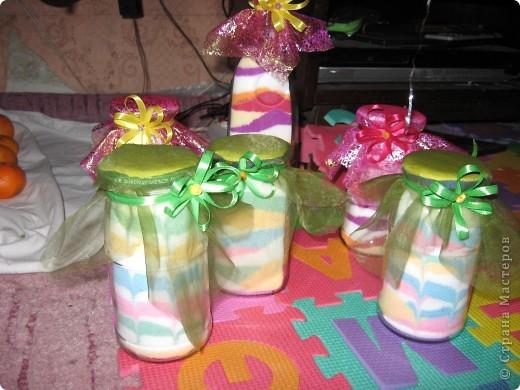 Вот такие баночки бутылочки, мы делали с детьми на Новый год для бабушек. фото 1