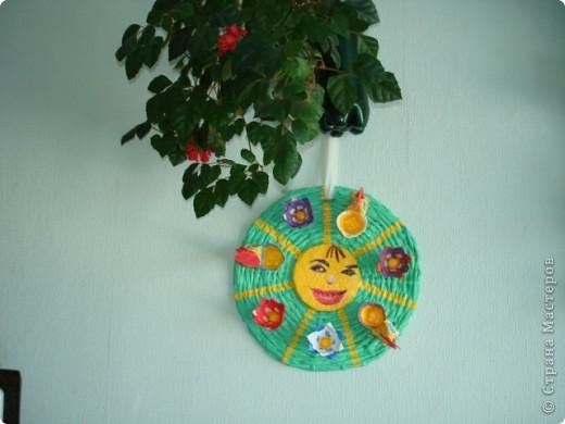 Мастер-класс Пасха Плетение ПАСХАЛЬНОЕ СОЛНЫШКО ---подставка под пасхальные яйца и кулич Бумага газетная фото 3
