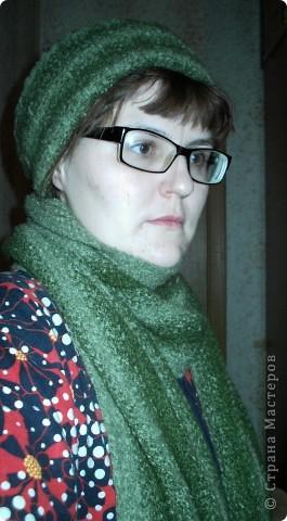 Шапочка и шарфик спицами и крючком фото 1