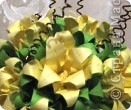 """Идею кусудамы и технику я под смотрела в   http://yourorigami.info/2008/03/03/kusudama-na-osnove-lilii.html . Мне больше нравятся кусудамки, """"посаженные"""" в горшочек или вазочку. Хочу поделиться с Вами таким букетиком. фото 2"""