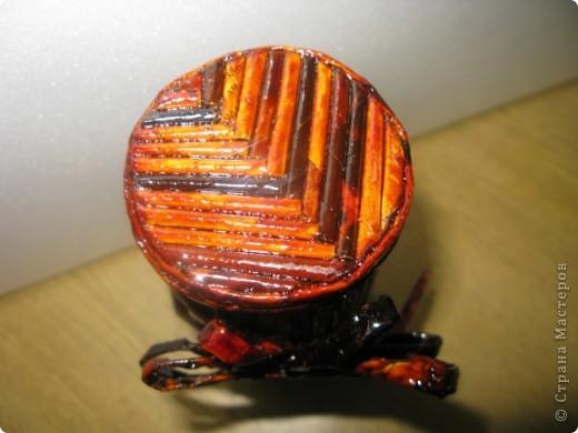 """Идею кусудамы и технику я под смотрела в   http://yourorigami.info/2008/03/03/kusudama-na-osnove-lilii.html . Мне больше нравятся кусудамки, """"посаженные"""" в горшочек или вазочку. Хочу поделиться с Вами таким букетиком. фото 6"""