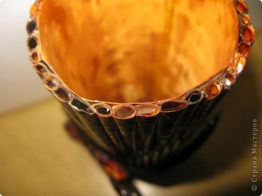 """Идею кусудамы и технику я под смотрела в   http://yourorigami.info/2008/03/03/kusudama-na-osnove-lilii.html . Мне больше нравятся кусудамки, """"посаженные"""" в горшочек или вазочку. Хочу поделиться с Вами таким букетиком. фото 5"""