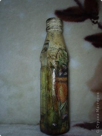 Первая бутылочка, используется под масло на даче фото 22