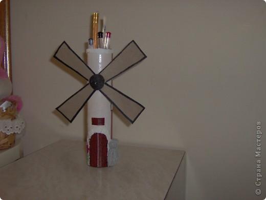 Мельница - карандашница  вид   спереди. фото 1