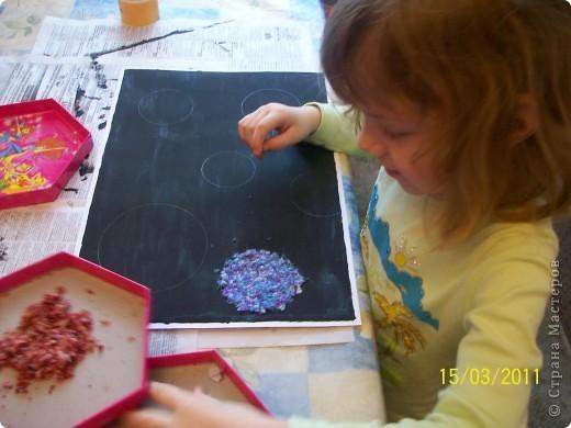 """С младшей дочкой решили сделать на конкурс поделку. Мне очень понравилась работа""""Космос"""" которую выкладывала Наталия-54. Но я побоялась что моя художница с этим не справиться. Пришлось фантазировать.  фото 8"""