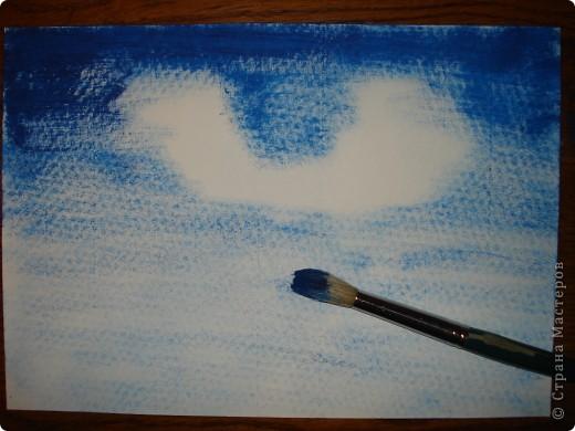 Я еще давно увлеклась школой живописи Боба Росса.Он создал быструю технику эффектной живописи маслом по холсту.И считаю,что каждый ее сможет без труда освоить.Только,для начала,будем использовать не масло,а гуашь художественную.А вместо холста-бумагу для акварели.Лучше всего взять формата А-3,но А-4 тоже подойдет. фото 2