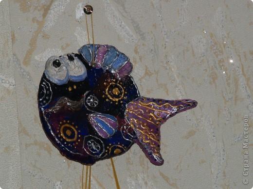эта рыбёха носит гордое имя Дед.Лепила дочка ей 6 лет фото 1