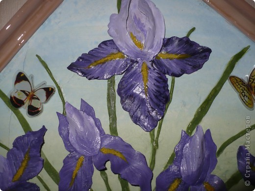 На фото ирисы получились синие, а на самом деле нежно-сиреневые. Картина 45х45 см. фото 2