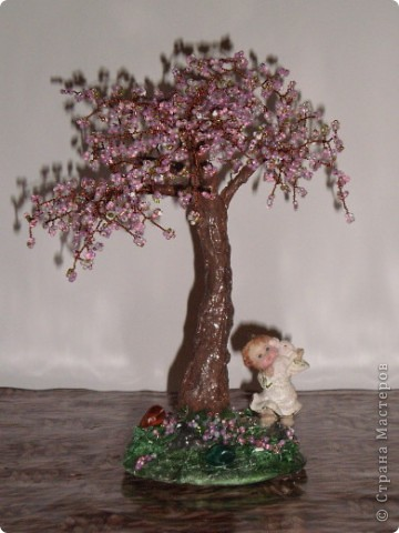 дерево с ангелочком