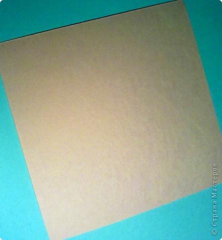"""Предлагаю небольшой мастер-класс по изготовлению открытки """"С Днем рождения"""" для начинающих.  Вырезать заготовку для открытки 15х30 из плотной белой бумаги (у меня цвет - слоновая кость). Сложить заготовку пополам. Для этого в месте сгиба проведите спицей, я делаю это канцелярским ножом, лишь слегка надрезая бумагу. Это поможет сделать сгиб ровным, без заломов. фото 2"""