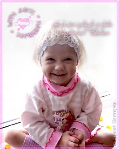 Милый аксессуар для девочек - повязочка на голову, люблю я их, маленькие девочки в них просто ангелочки, мимо которых нельзя пройти мимо, не взглянув. Такая воздушная повязочка  вяжется соломоновыми узлами. фото 2