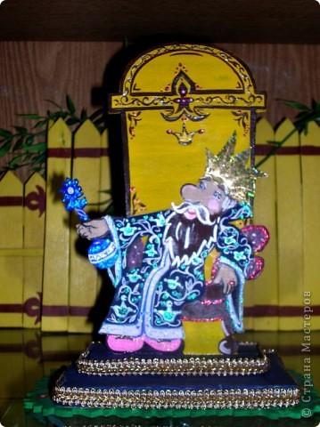"""Разбойники пили вино, атаманша гадала на картах..(композиция героев из м/ф """"Бременские музыканты - фанера, роспись красками, лак, плоскостное выпиливание, сборные детали) фото 4"""
