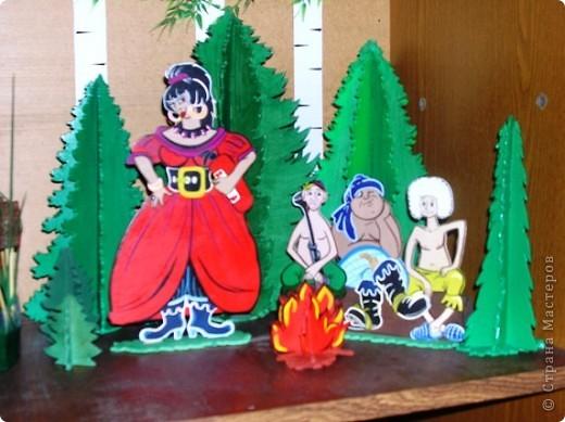 Поделка изделие Выпиливание Роспись Герои любимых мультфильмов Фанера фото 1