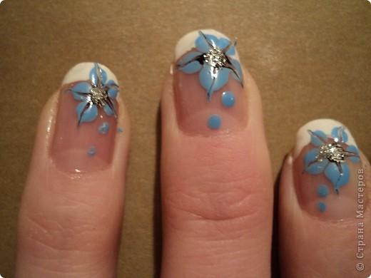 Это ои новые работы по дизайну ногтей. В работе использовала как лаки, так и акриловые краски. Рисую еще не очень хорошо, тренируюсь. фото 4