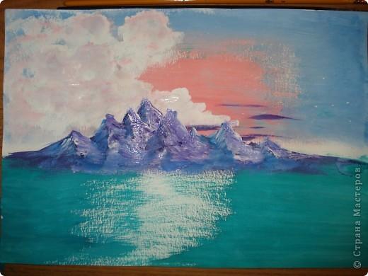 Продолжаем рисовать по урокам Боба Росса. Для рисования нам понадобится Бумага для акварели формата А-3,гуашь художественная,кисти:большая щетина(у меня плоская №12) и маленькая(у меня пони №2) фото 13