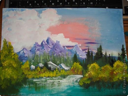 Продолжаем рисовать по урокам Боба Росса.  Для рисования нам понадобится Бумага для акварели формата А-3,гуашь художественная,кисти:большая щетина(у меня плоская №12) и маленькая(у меня пони №2) фото 25