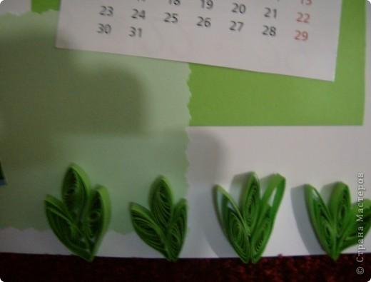 После сделанной открытки по скетчу у меня остался календарь за прошлый год.Решила сделать из него перекидной на этот год.Так как на дворе уже март, то делать начала с апреля. фото 3