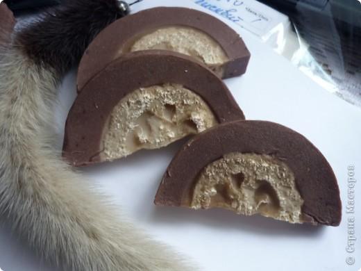Это мыльце с люфой , с добовлением нат. белого и тёмного шоколада.Вкусненькое!!!! фото 1