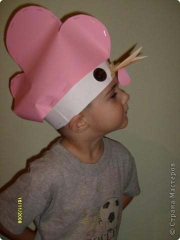 После посещения театра моего сына Егора прорвало на домашние выступления, а меня на изготовление масок. фото 3
