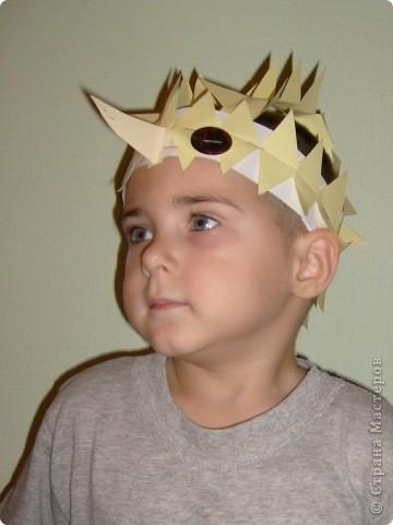 После посещения театра моего сына Егора прорвало на домашние выступления, а меня на изготовление масок. фото 1