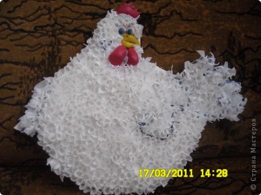 Сделала курочку (шаблон брала у нас в Стране Мастеров), а с детьми наделаем ей яичек)