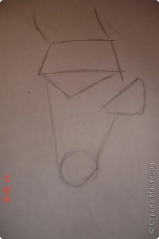 Рисуем лошадь.На листе бумаги примерно посередине нарисовать трапецию,треугольник, полукруг и круг. фото 2