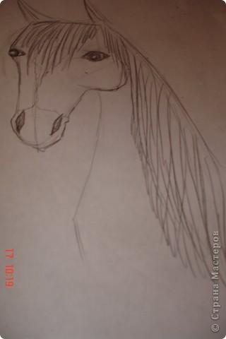 Рисуем лошадь.На листе бумаги примерно посередине нарисовать трапецию,треугольник, полукруг и круг. фото 11