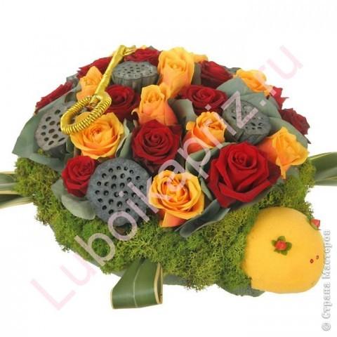 Делаем розы из пластмасовых ложек (МК) фото 8