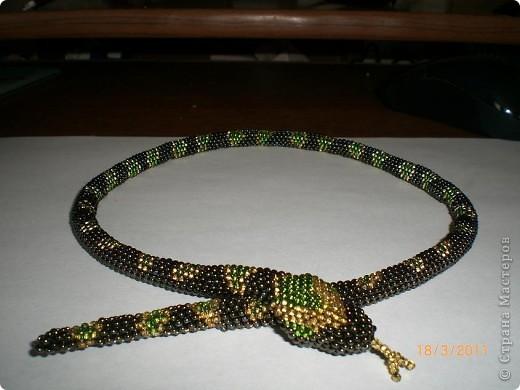 Змейка из бисера, как сделать змейку из бисера, схема.
