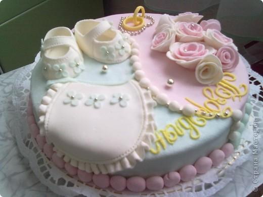 Этот тортик был сделан в подарок. Он двойной т.к. повода было два...годовщина свадьбы и рождение первого малыша. фото 3