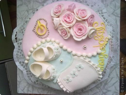 Этот тортик был сделан в подарок. Он двойной т.к. повода было два...годовщина свадьбы и рождение первого малыша. фото 4