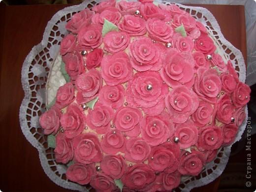 Этот тортик был сделан в подарок. Он двойной т.к. повода было два...годовщина свадьбы и рождение первого малыша. фото 5