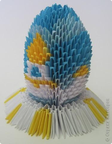 Хочу показать пасхальные яйца в технике модульного китайского оригами. Эти яйца сделал Саша Павлов. фото 4