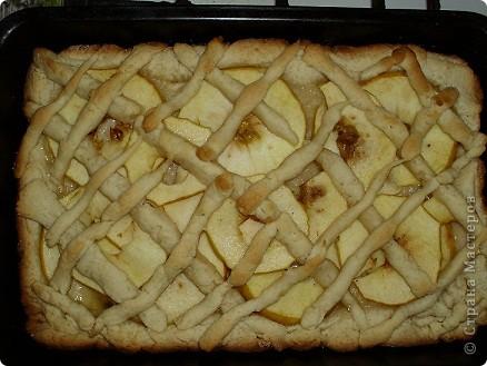 яблочный пирог!!.для тех,кто ни разу не пробовал готовить..