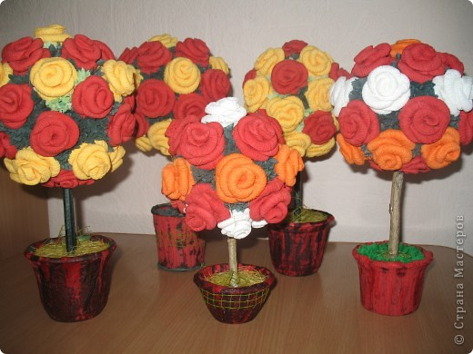 Спасибо Олисандре за ее замечательные МК, именно она своими работами вдохновила меня вырастить такие деревья из роз. фото 1