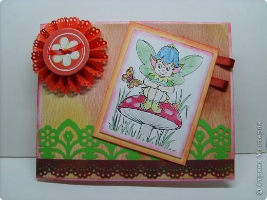 Сначала был сделан цветок по МК, найденному на просторах интернета http://www.trozo.ru/archives/28662, а потом уже придумывалась открытка. Наконец-то купила себе дырокол Марты Стюарт  кружево.  фото 1