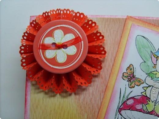 Сначала был сделан цветок по МК, найденному на просторах интернета http://www.trozo.ru/archives/28662, а потом уже придумывалась открытка. Наконец-то купила себе дырокол Марты Стюарт  кружево.  фото 2